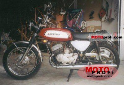 Kawasaki A7 Avenger 1970 photo