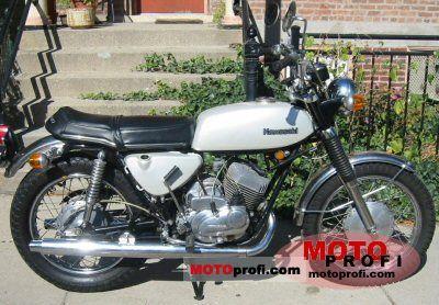 Kawasaki A7 Avenger 1971 photo