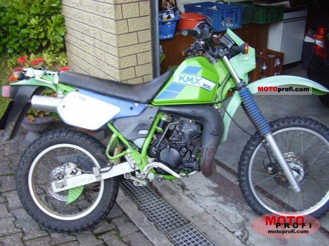 Kawasaki KMX 200 1990 photo