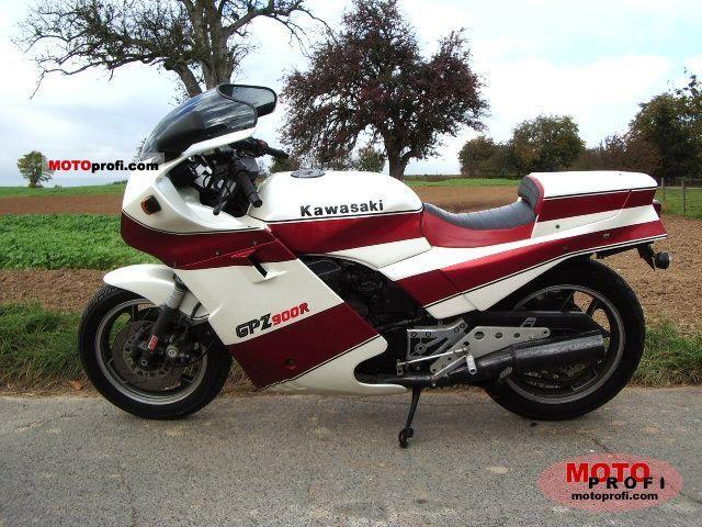 Kawasaki GPZ 900 R 1984 photo