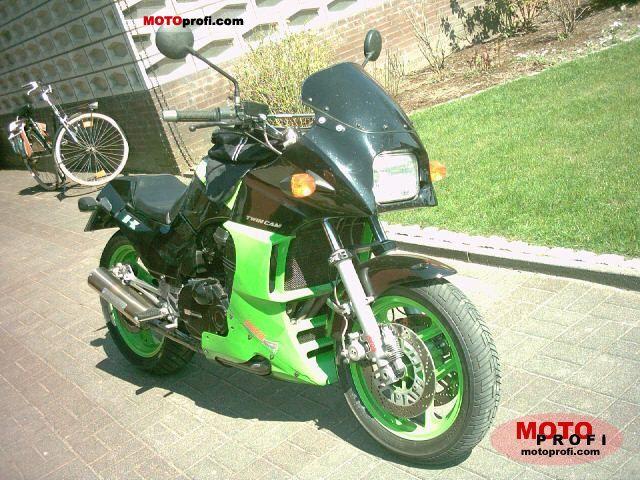 Kawasaki GPZ 900 R 1986 photo