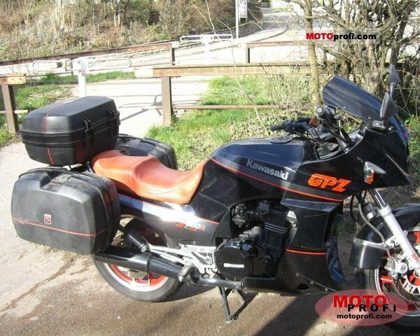 Kawasaki GPZ 900 R 1988 photo