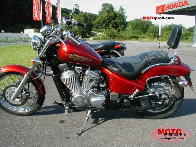 Honda VT 600 C Shadow 1998 photo