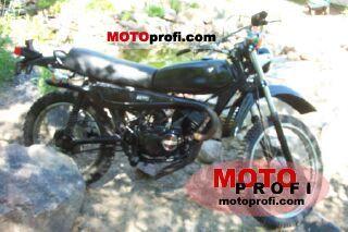 Kawasaki KE 175 1975 photo