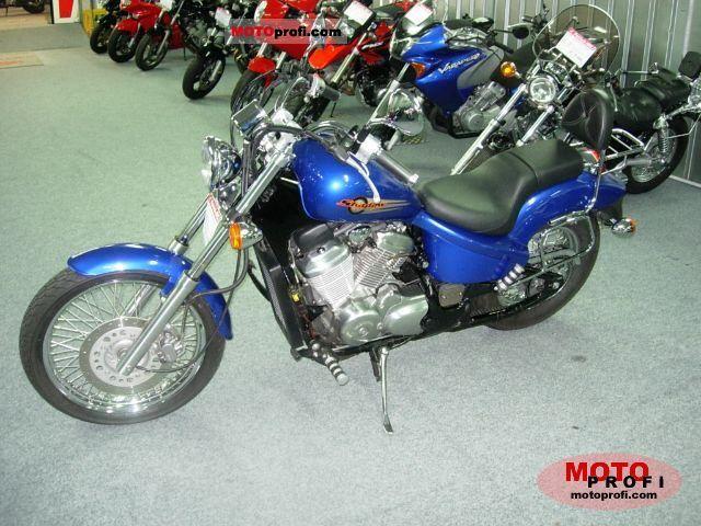 Honda VT 600 C Shadow 2000 photo
