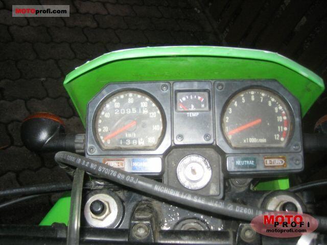 Kawasaki KLR 250 1985 photo