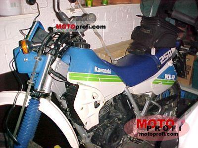 Kawasaki KLR 250 1990 photo