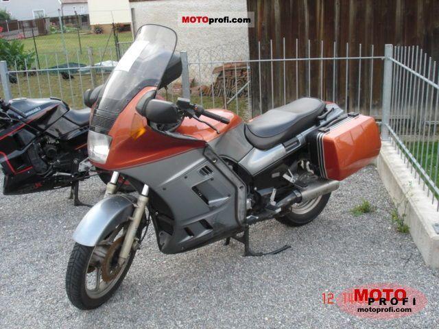 Kawasaki 1000 GTR 1990 photo