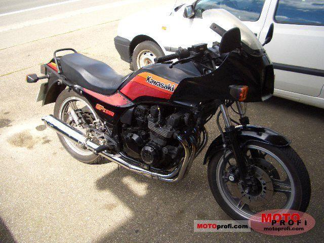 Kawasaki GPZ 550 1987 photo