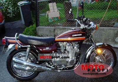 Kawasaki 900 Z 1 Super 4 1974 photo