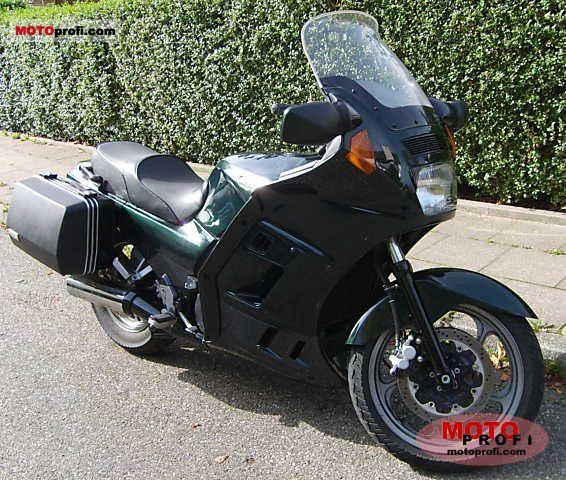 Kawasaki GTR 1000 1998 photo