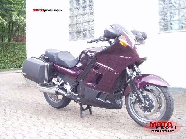 Kawasaki GTR 1000 2001 photo