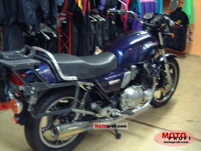 Suzuki GS 1100 G 1987 photo