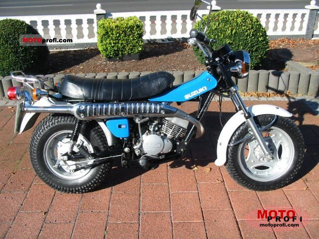 Suzuki RV 125 1978 photo