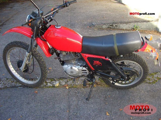 Honda XL 250 S 1982 photo