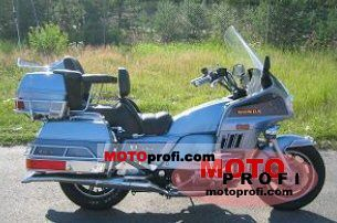 Honda GL 1200 DX Gold Wing 1985 photo
