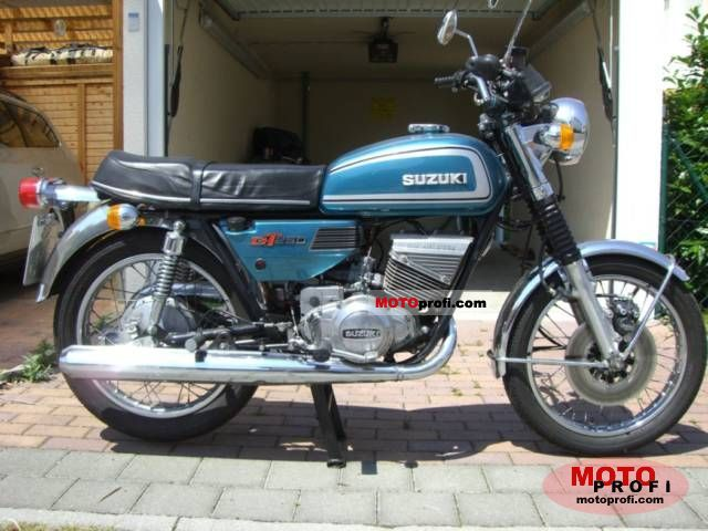 Suzuki GT 250 1975 photo