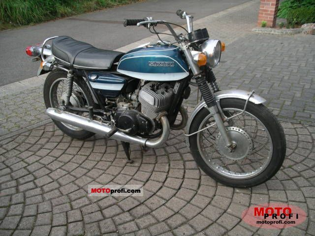 Suzuki T 500 1972 photo