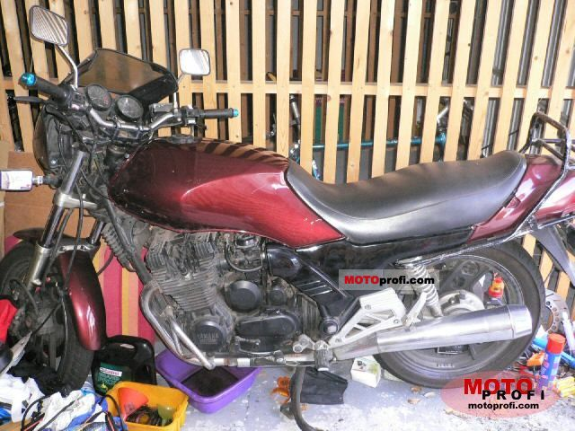 Yamaha XJ 900 1983 photo