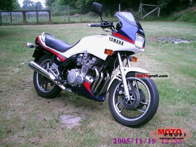 Yamaha XJ 900 1985 photo