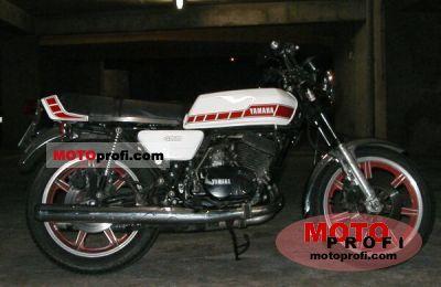 Yamaha RD 400 1979 photo