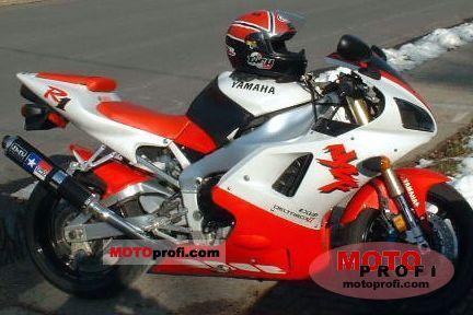 Yamaha YZF 1000 R1 1998 photo