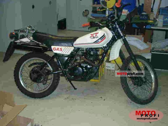 Yamaha XT 250 1985 photo