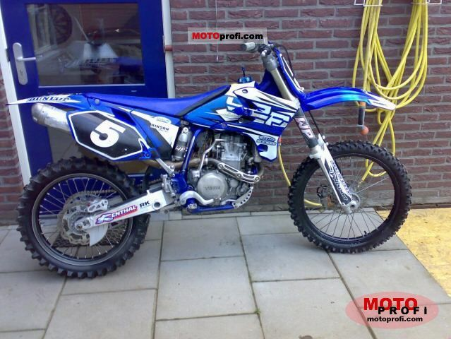 Yamaha YZ 450 F 2004 photo