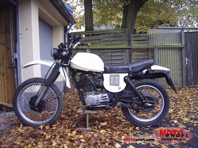 Yamaha XT 500 1979 photo