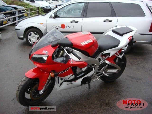 Yamaha YZF-R1 1999 photo