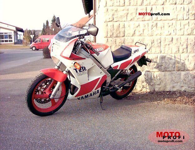 Yamaha TZR 250 1989 photo