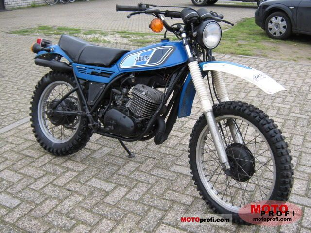 Yamaha DT 400 MX 1978 photo