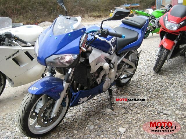 Yamaha YZF-R6 1999 photo