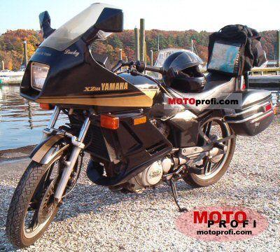 Yamaha XZ 550 S 1983 photo