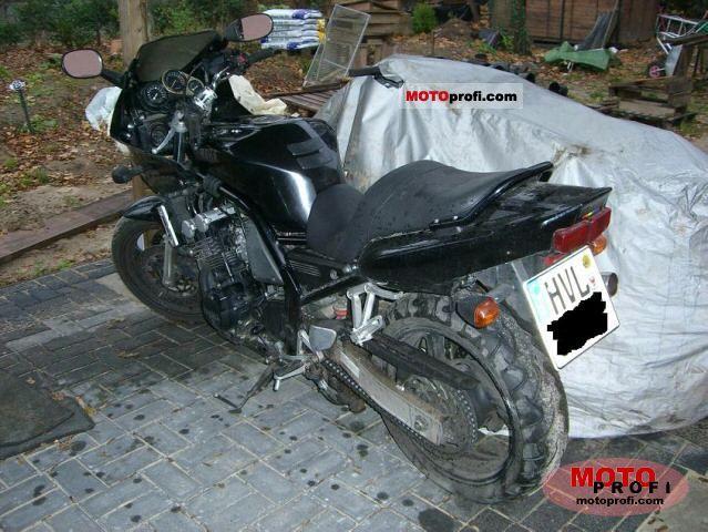 Yamaha FZS 600 Fazer 1998 photo