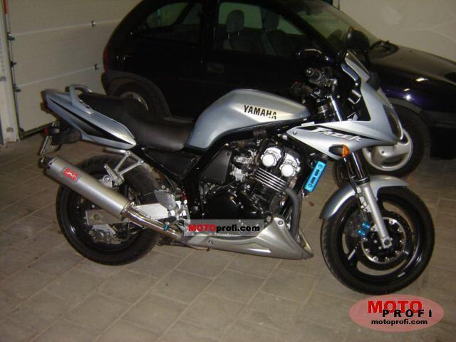 Yamaha FZS 600 Fazer 2002 photo