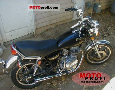 Yamaha XS 400 1979 photo