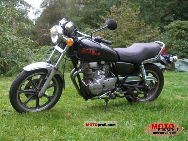Yamaha XS 400 1981 photo