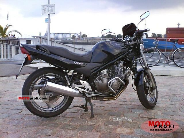 Yamaha XJ 600 N 2001 photo