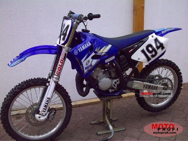 Yamaha YZ 125 2004 photo
