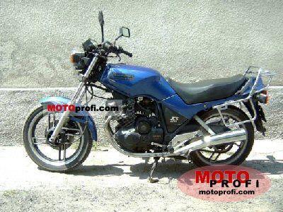 Yamaha XS 400 DOHC 1983 photo