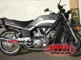 Yamaha XZ 550 1983 photo