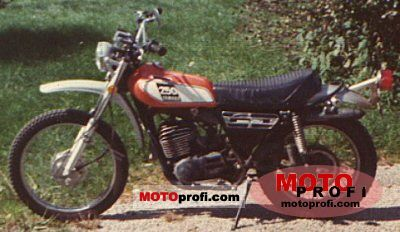 Yamaha DT 250 1975 photo