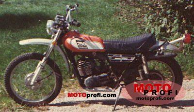 Yamaha DT 250 1975 photo