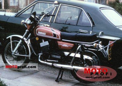 Yamaha RD 250 1975 photo