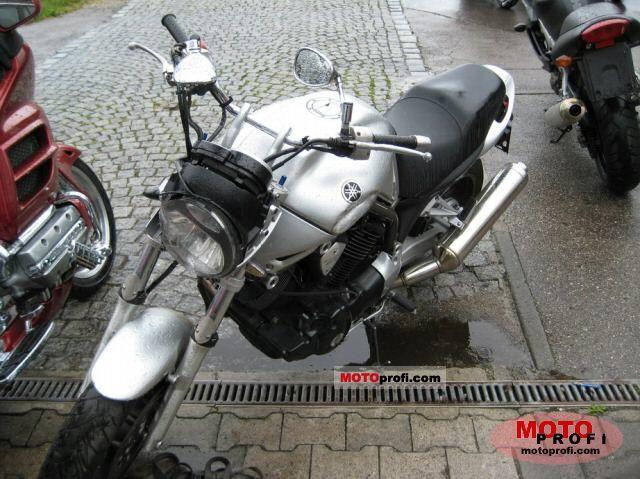 Yamaha BT 1100 Bulldog 2003 photo
