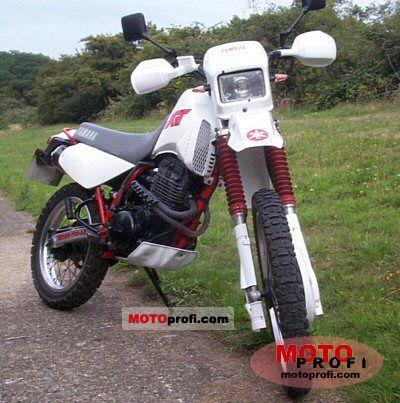 Yamaha XT 350 1990 photo
