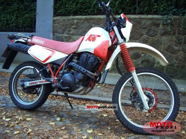 Yamaha XT 350 1991 photo