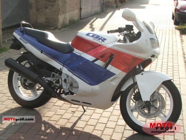 Honda CBR 600 F 1990 photo