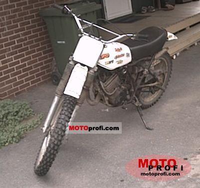Yamaha DT 125 E 1980 photo